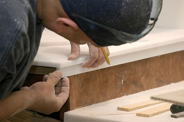trabajador marmol 1 - Empresa